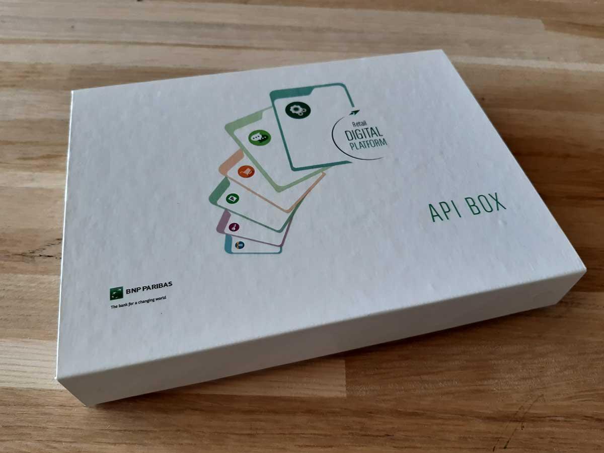Boîte imprimée rabat aimanté